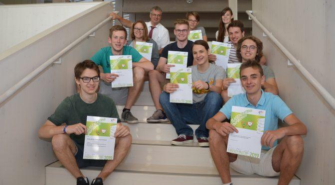 Informatik-Jugendwettbewerb und aufregende Spiele